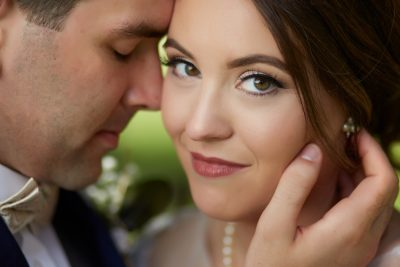 Natural Light Wedding Photography – Why this might not be right for your wedding