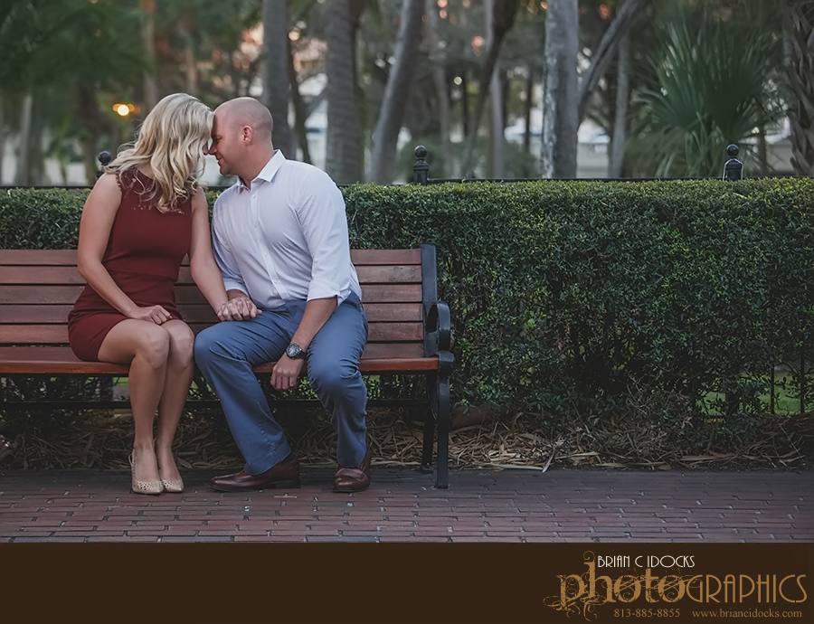 wedding_photographer_engagement_university_of_tampa_029.jpg