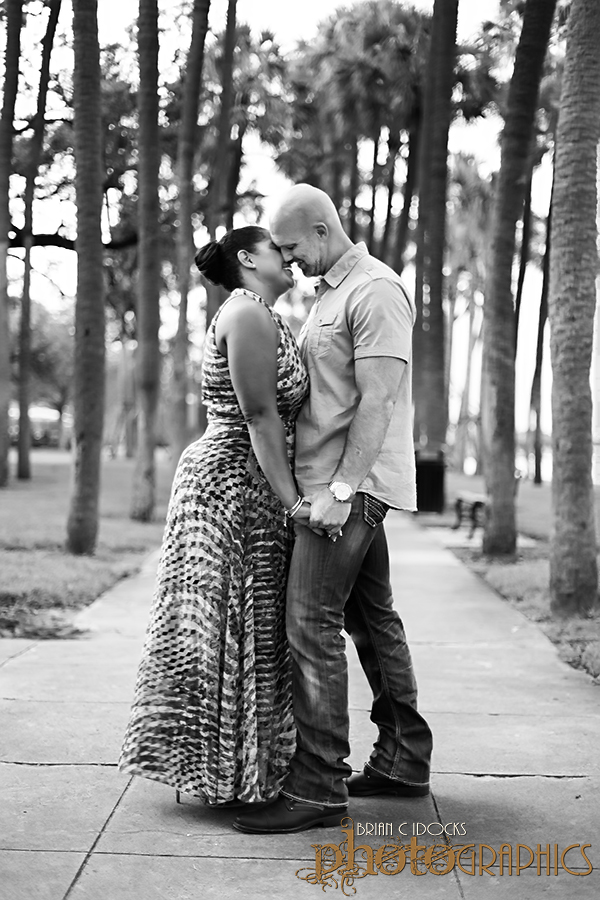 university-of-tampa-engagement-photographer-engagement-photography-031.jpg