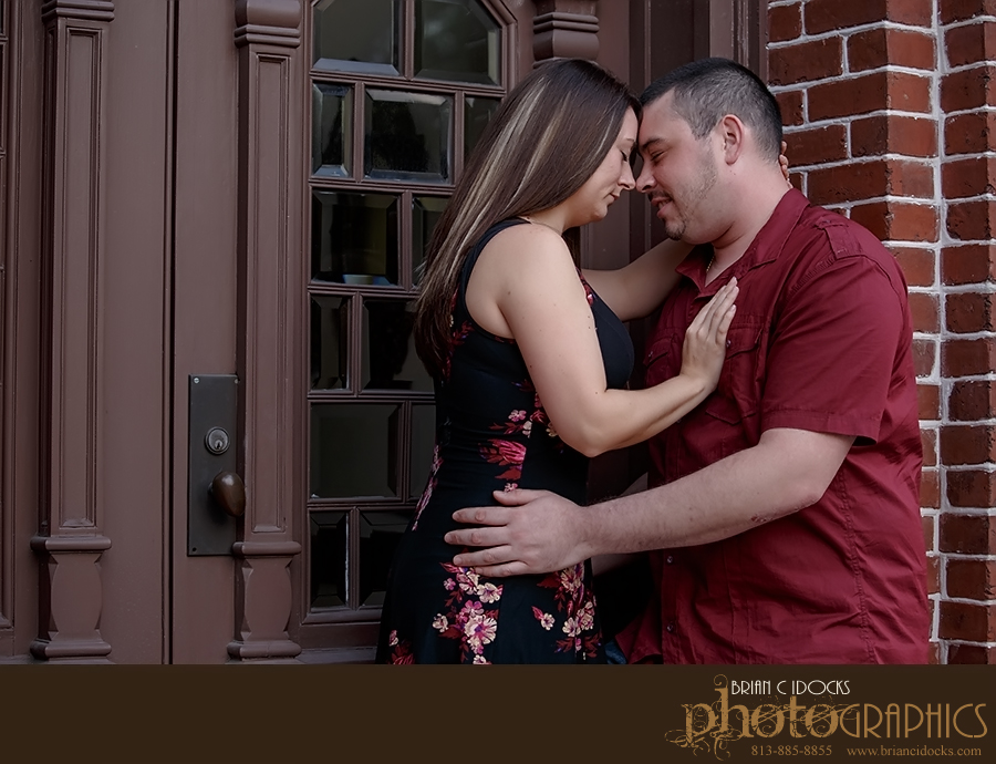 wedding_photographer_engagement_university_of_tampa_008-1.jpg